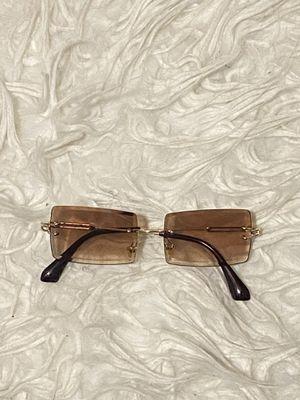Brown sunglasses for Sale in Columbia, SC