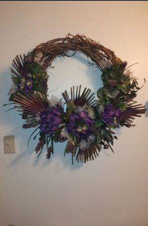 $10 22 inch grapevine wreath for Sale in Harrisburg, PA