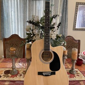 natural fever electric acoustic guitar with metal strings for Sale in Bell Gardens, CA