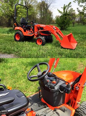 New tracks Kubota $1OOO Cylinders 4 Impeccable for Sale in Port Allen, LA
