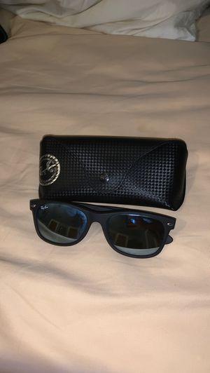 Ray ban reflective sunglasses authentic for Sale in Villa Park, IL
