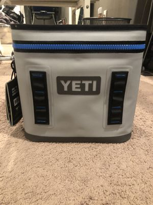 Yeti Hopper Flip 12 for Sale in Hicksville, NY