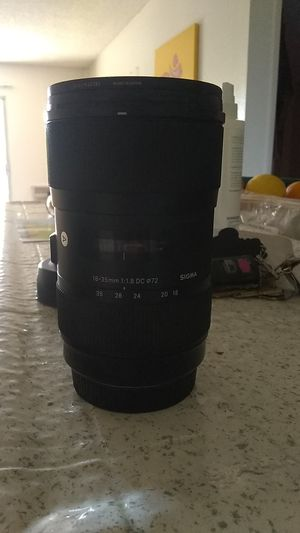 Sigma 18-35mm 1.8 lens for Sale in San Diego, CA