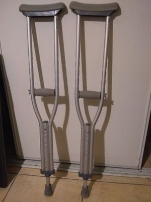 Child / Small Adult Adjustable Aluminum Cutches with Padding, Must pick up for Sale in Las Vegas, NV