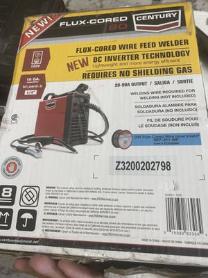Century 90 Amp FC90 Flux Core Wire Feed Welder and Gun, 120V for Sale in Hesperia, CA