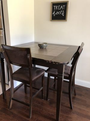 High Top Dining Room Table for Sale in Columbus, OH