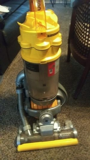 Dyson Ball Vacuum cleaner for Sale in Fresno, CA