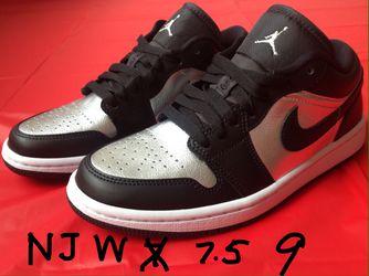 Nike Air Jordan 1 Low SE Silver Toe Black Sneakers Size Sz Women's 7.5 / Men's 6 /6 Y ⭐️ W 9 / M 7.5 / 7.5Y ⭐️ DS Brand New w/ Box Receipt for Sale in Cherry Hill,  NJ
