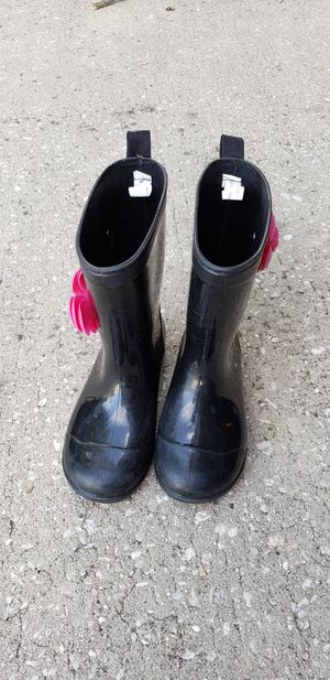 Girl rain boots size 12/13 for Sale in Lake Mary, FL