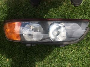 BMW e39 1997-2002 headlight drivers side for Sale in Chicago, IL