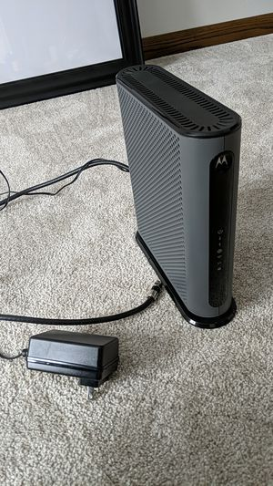 Motorola modem and router Xfinity for Sale in Osseo, MN