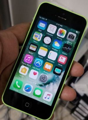 iphone 5C phone ability. Perfect condition.... Any Country for Sale in West Springfield, VA