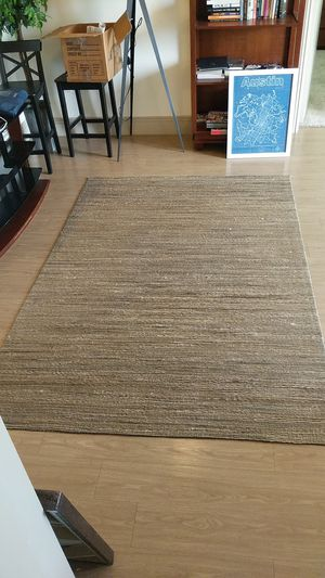 "Calvin Klein Floor Rug 5' x 7'6"" for Sale in Austin, TX"
