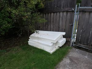 Free styrofoam for Sale in Vancouver, WA