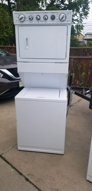 Whirlpool washer and electric dryer for Sale in San Diego, CA