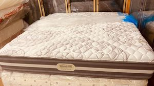 Matrress y box spring king Beauty rest for Sale in Houston, TX