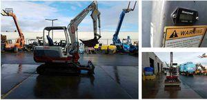 2013 7k Takeuchi TB235 mini excavator for Sale in Colton, CA