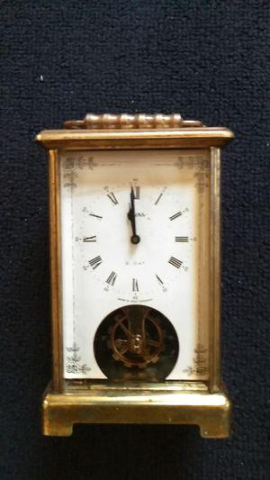 Vintage wind up clock for Sale in Obetz, OH