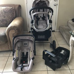 Evenflo Pivot Modular Travel System (stroller/car seat) for Sale in San Diego, CA