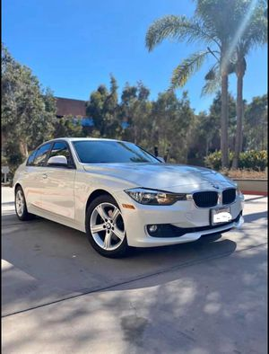 2012 BMW 328i Sedan Mineral Pearl White Excellent Condition for Sale in Alhambra, CA