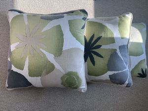 3 Decor pillows for Sale in Tampa, FL