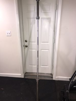 7ft Olympic Bar for Sale in Glenn Dale, MD