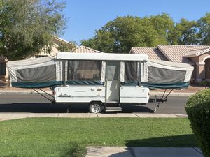 1999 Coleman Westlake Pop Up Camper/Trailer for Sale in Chandler, AZ