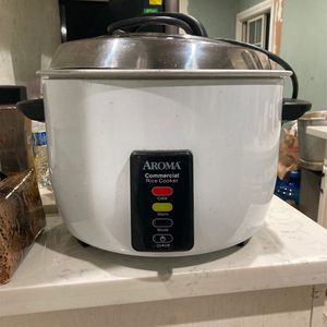 Aroma Commercial Rice Cooker And Heater for Sale in Redwood City, CA