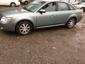 Beautiful 08 Ford Taurus 80k for Sale in Pittsburgh, PA