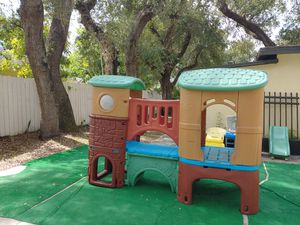 Kids slide outdoor play for Sale in Miami Gardens, FL