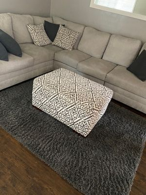 Ottoman and pillow set for Sale in Norwalk, CA