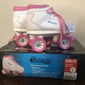 Chicago Girls Sidewalk Roller Skate - White Youth Quad Skates size Juv 3,new for Sale in Land O Lakes, FL