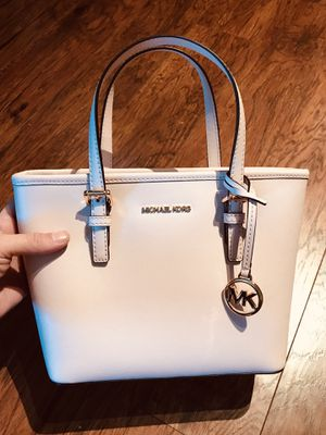 Brand New (with tags) Michael Kors Handbag for Sale in Houston, TX