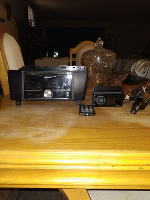 Pioneer mixtrax radio with xm radio for Sale in North Las Vegas, NV