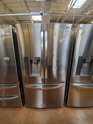 LG French Door Refrigerator for Sale in Covina, CA
