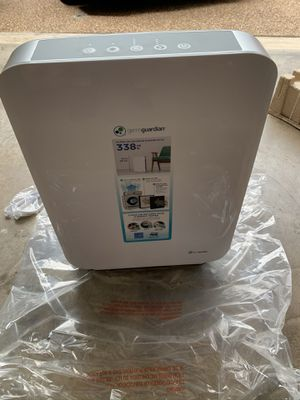 Air purifier 4 in 1 system. HEPA Filtration/UV-C Light for Sale in Hurst, TX