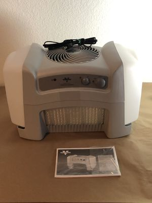 Vornado Evap40 4-Gallon Evaporative Humidifier for Sale in Henderson, NV