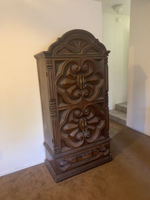 Armoire Cabinet for Sale in Fresno, CA