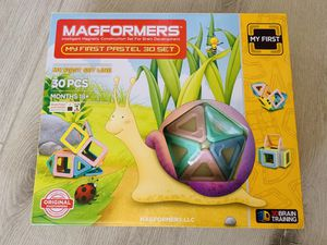 MAGFORMERS 30 pc magnetic set for Sale in San Diego, CA