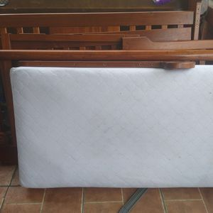 Baby Crib With Mattress And Cover for Sale in Lakeland, FL