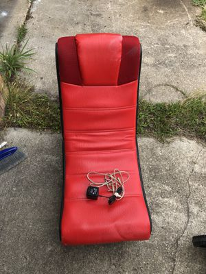 Game chair with speakers for Sale in FL, US
