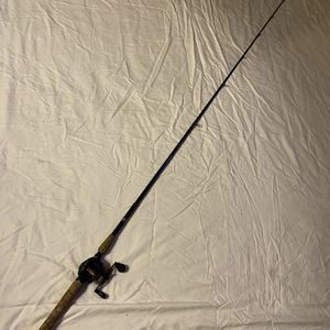 New Lews Classic Pro On 7'6 Crankin Stick for Sale in Webster, TX