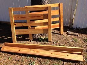 Solid Wood Twin/ Twin XL Bedframe for Sale in York, PA