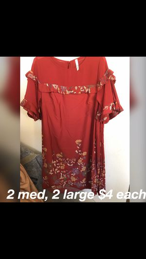 2 medium and 2 large for Sale in Las Vegas, NV