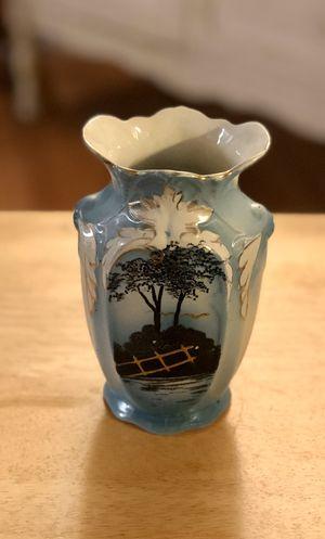 Japanese vase decor 💙 for Sale in Orlando, FL