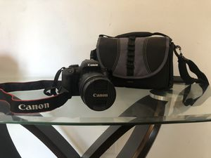 Like New, Canon EOS Rebel T7i 24.2MP Digital SLR Camera Bundle with EF-S 18-135mm STM Lens, 32GB SD Card, and Camera Bag for Sale in Miami, FL
