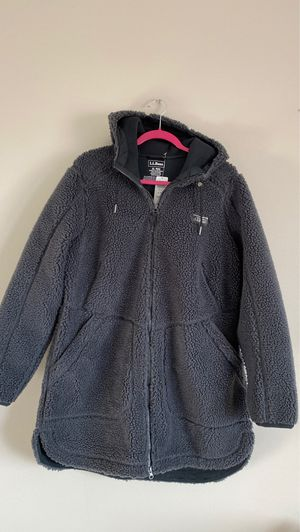 LL Bean Woman's Fleece Winter Coat-Size XL-New with tag. Low price! for Sale in Carol Stream, IL