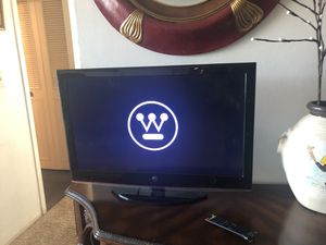 32 inch Westinghouse for Sale in Denver, CO