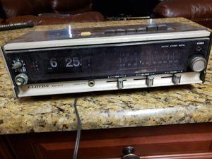 Vintage antique llyods radio. Clock alarms for Sale in Brandon, FL
