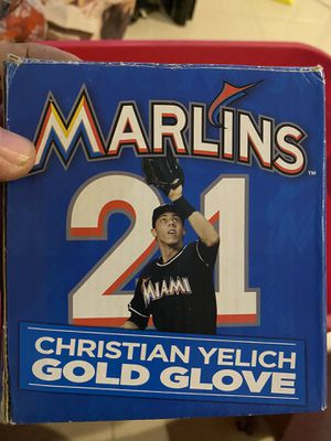 Christian yelich gold gloves for Sale in Opa-locka, FL
